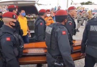 Cabo da Polícia Militar assassinado a tiros é enterrado com honras militares na Paraíba